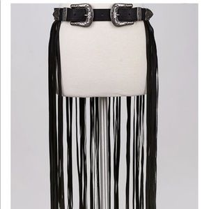 Accessories - Double buckle fringe belt, festival season
